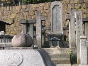 asano_grave_47_ronin