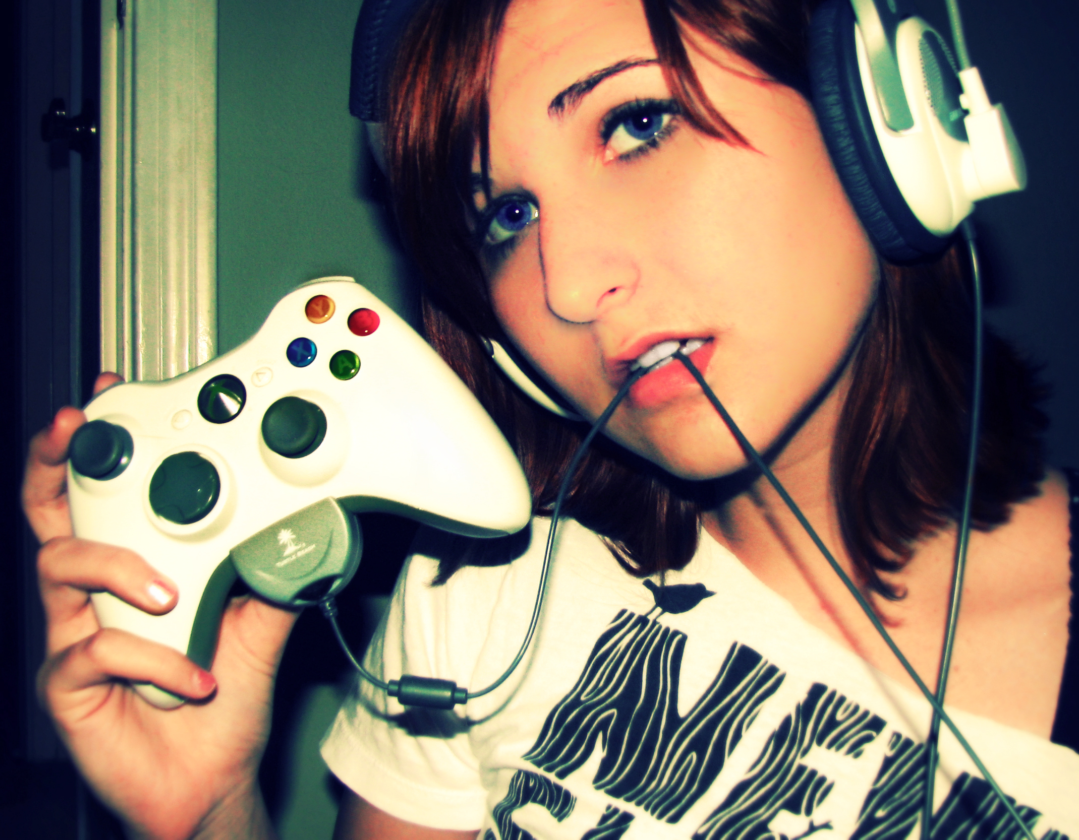 Hot Gaming Girls