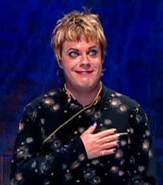 Eddie Izzard. Notably present are the make-up, nail polish, and impeccable fashion. Notably absent is any hint of deranged, psychpathic murderer.