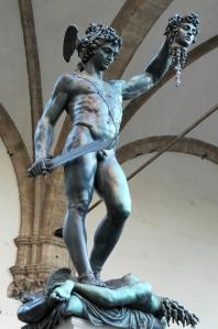 Perseus_Cellini_Loggia_dei_Lanzi_2005_09_13