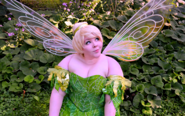 tinkerbell cosplayer