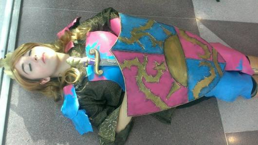 Lady Saika demonstrates how to do subversive Disney Princesses.