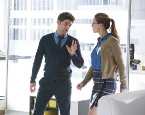 Supergirl Kara and Winn in Office